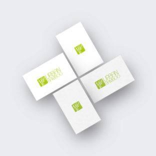 Reduziertes grünes Logo mit Bambus